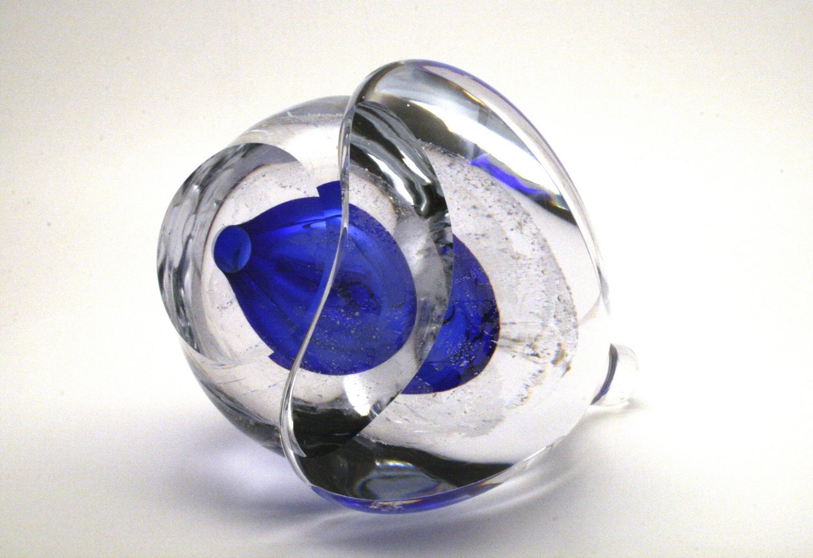 JvdB_Embedded Sapphire